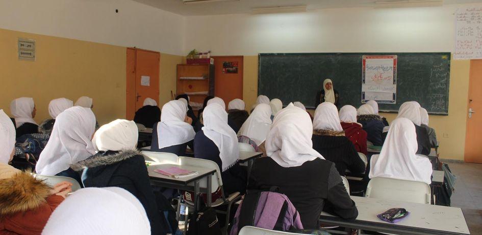 """""""أنتِ ملكة"""" حملة أطلقتها الرابطة الإسلامية في مدارس الطالبات برفح"""