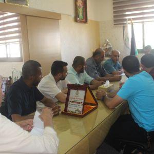 الرابطة الإسلامية تنظم زيارة لمديرية التربية والتعليم في الوسطى.