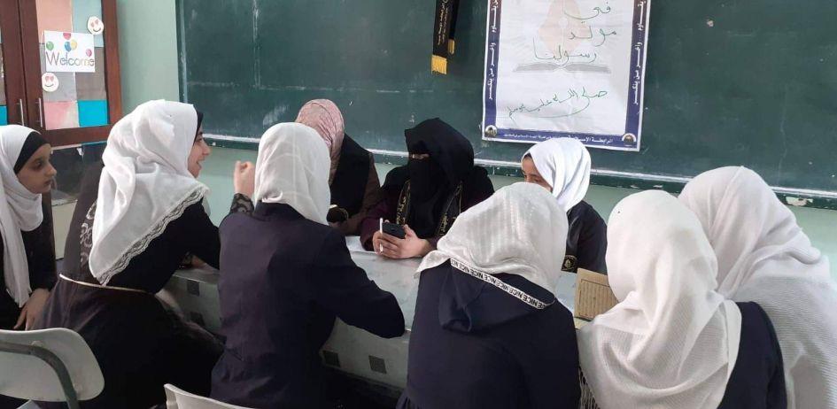 الرابطة الإسلامية تطلق حملة قرآننا دستورنا في مدرسة شهداء بني سهيلا بخانيونس