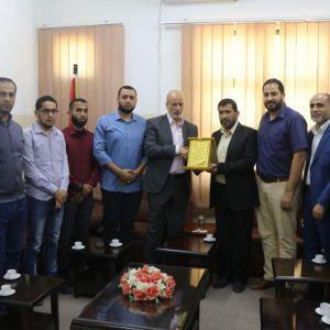 الرابطة الإسلامية تنظم زيارة لوكيل وزارة التربية والتعليم بغزة