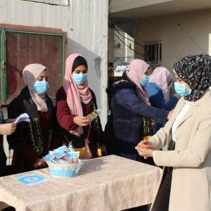 الرابطة الإسلامية تستقبل الطالبات في كلية فلسطين التقنية وسط القطاع.