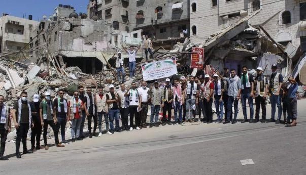 الرابطة الإسلامية والأطر الطلابية تواسي متضرري معركة سيف القدس بغزة