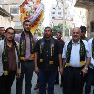 الرابطة الإسلامية تشرع بزيارة الطلبة المتفوقين في الثانوية العامة في قطاع غزة